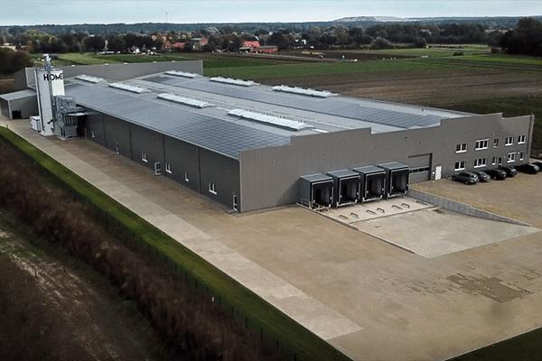 Neue Produktionsstätte Firstlaser
