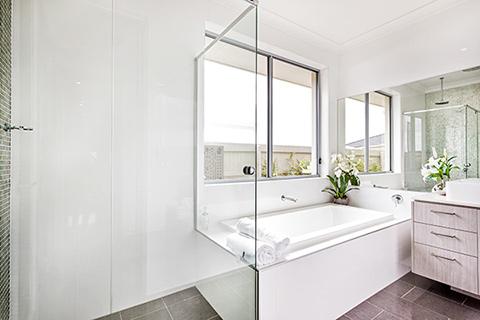 Duschabtrennungen für Badewannen und Duschen