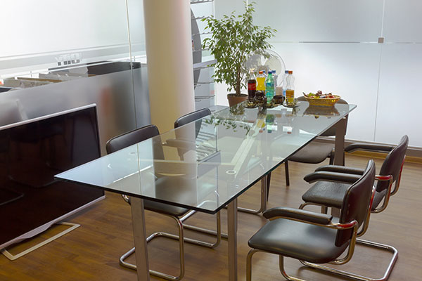 Glastisch für Esszimmer und Büro