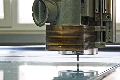 Kunststoffplatten schneiden und bearbeiten