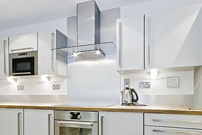 Spritzschutz Küche aus Aluverbundplatten
